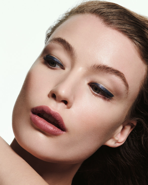 La Biosthétique Make-Up Kollektion Herbst-Winter 2020/2021 Look 3 - Joyful - Model